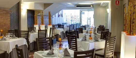 Restaurants Hotel Torreluz Centro