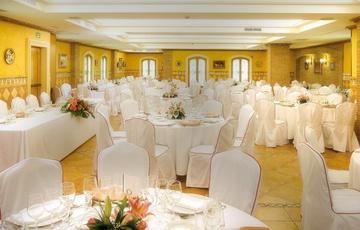 Halle Andalusien Hotel Torreluz Centro