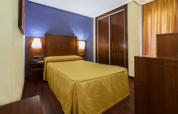 Zimmer Hotel Torreluz Centro